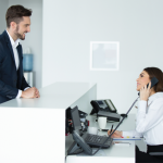 Receptioniste: alles over de opleiding en functie